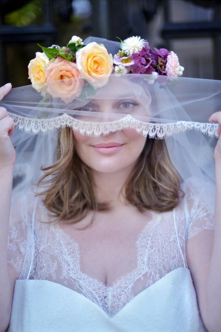 Свадебное платье для полных с фатой