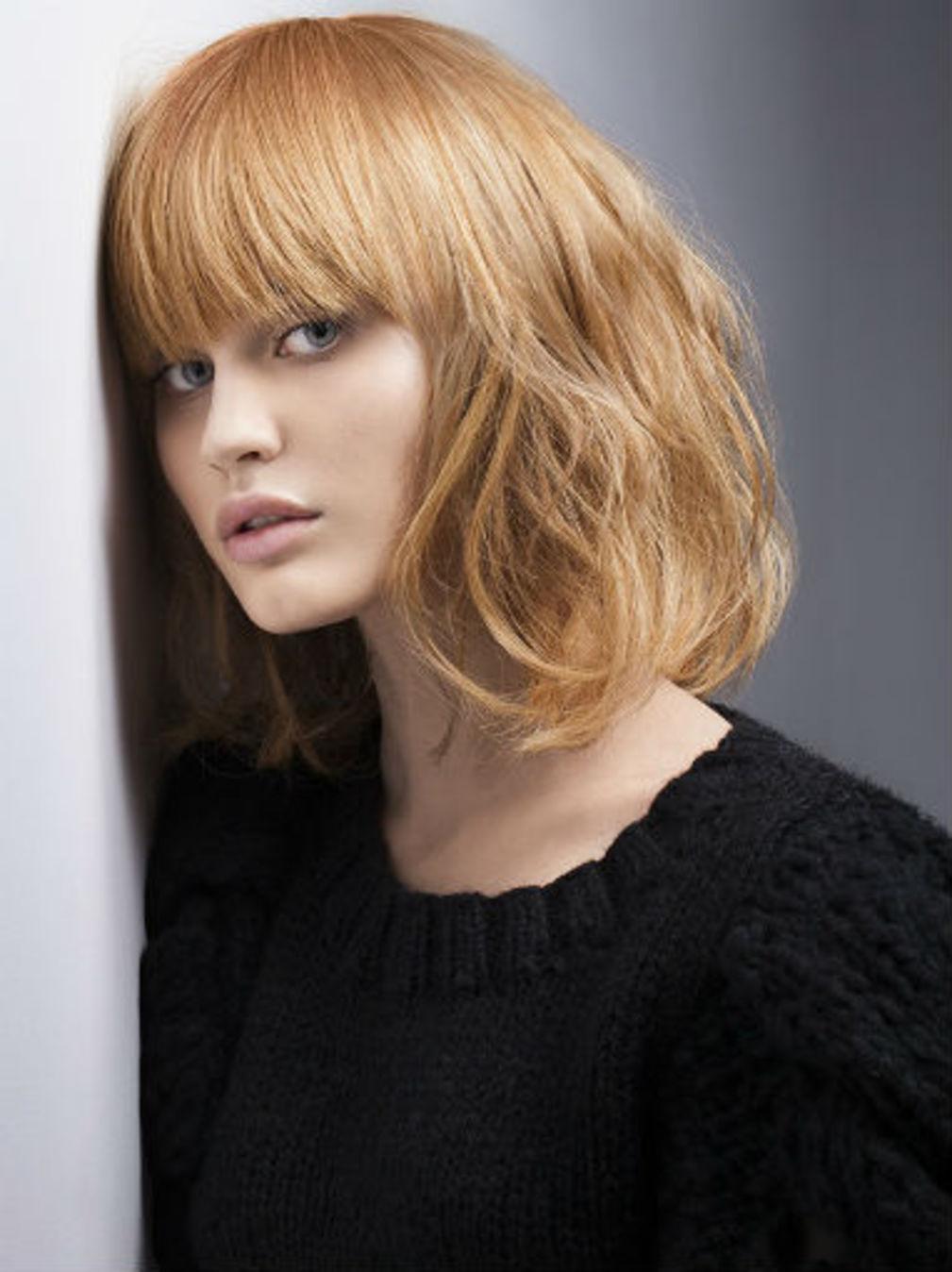 Стрижка на средние волосы 2018 французская