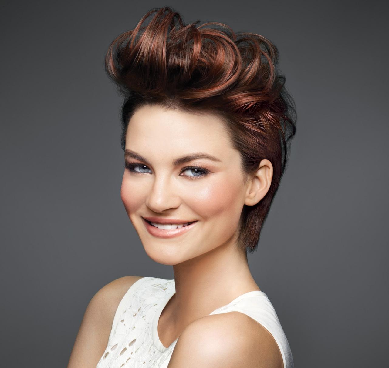 Короткая стрижка 2018 на каштановые волосы