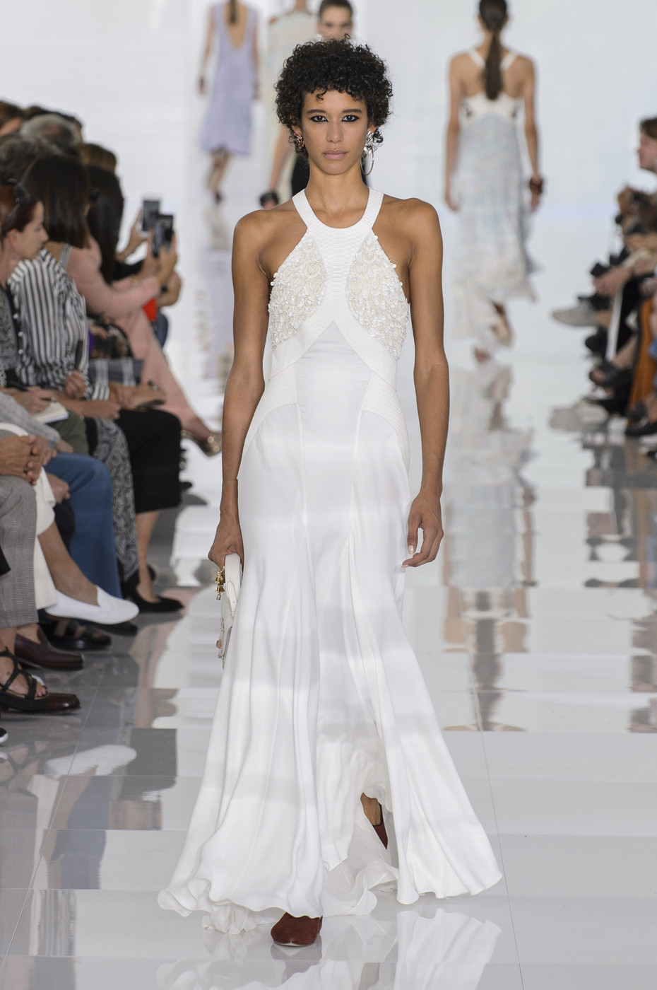 Roberto Cavalli весна лето 2018 платье клеш
