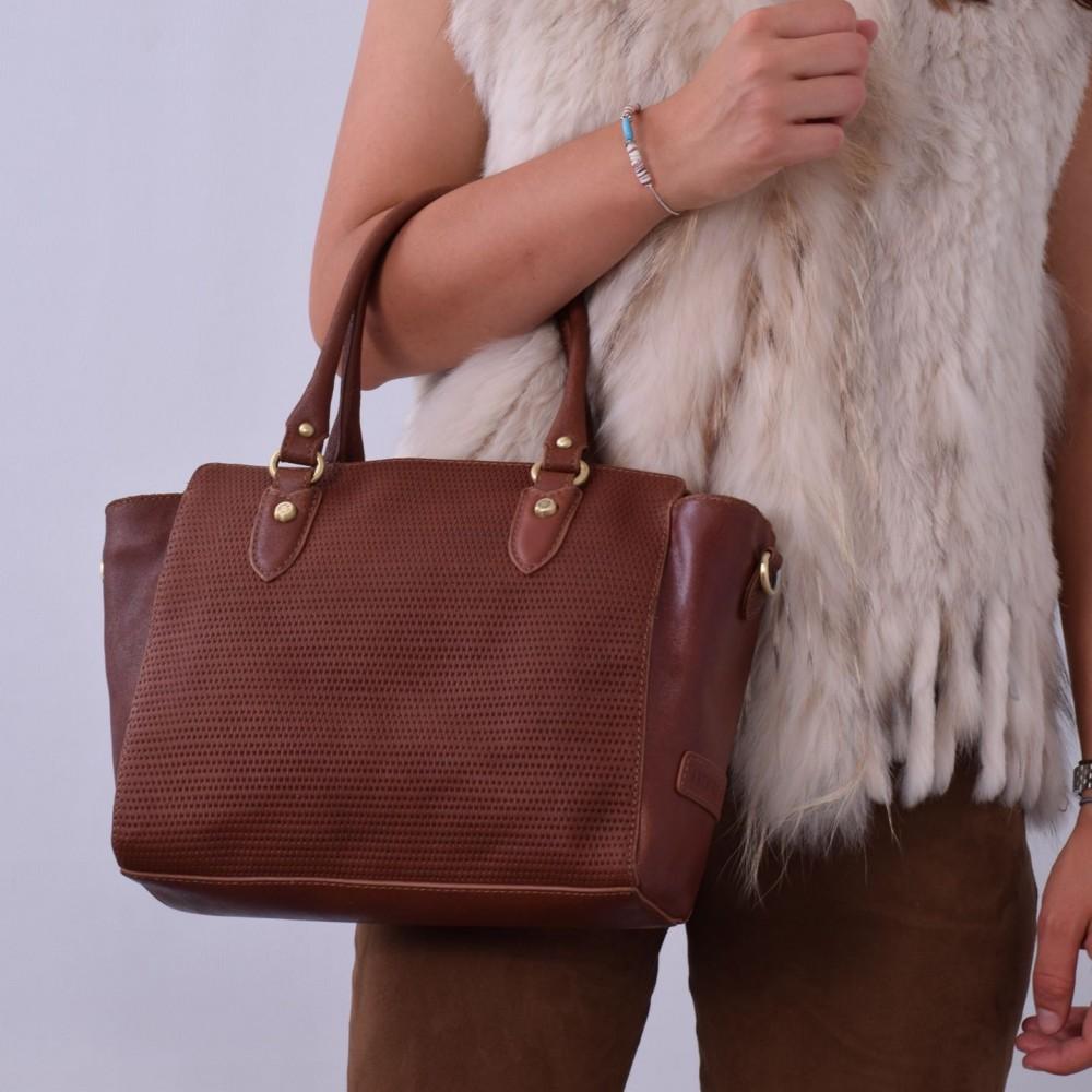 Кожаная сумка женская коричневая