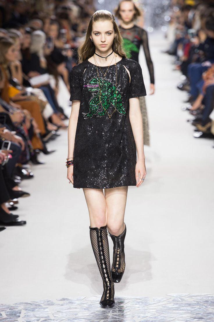 Christian Dior весна лето 2018 короткое платье
