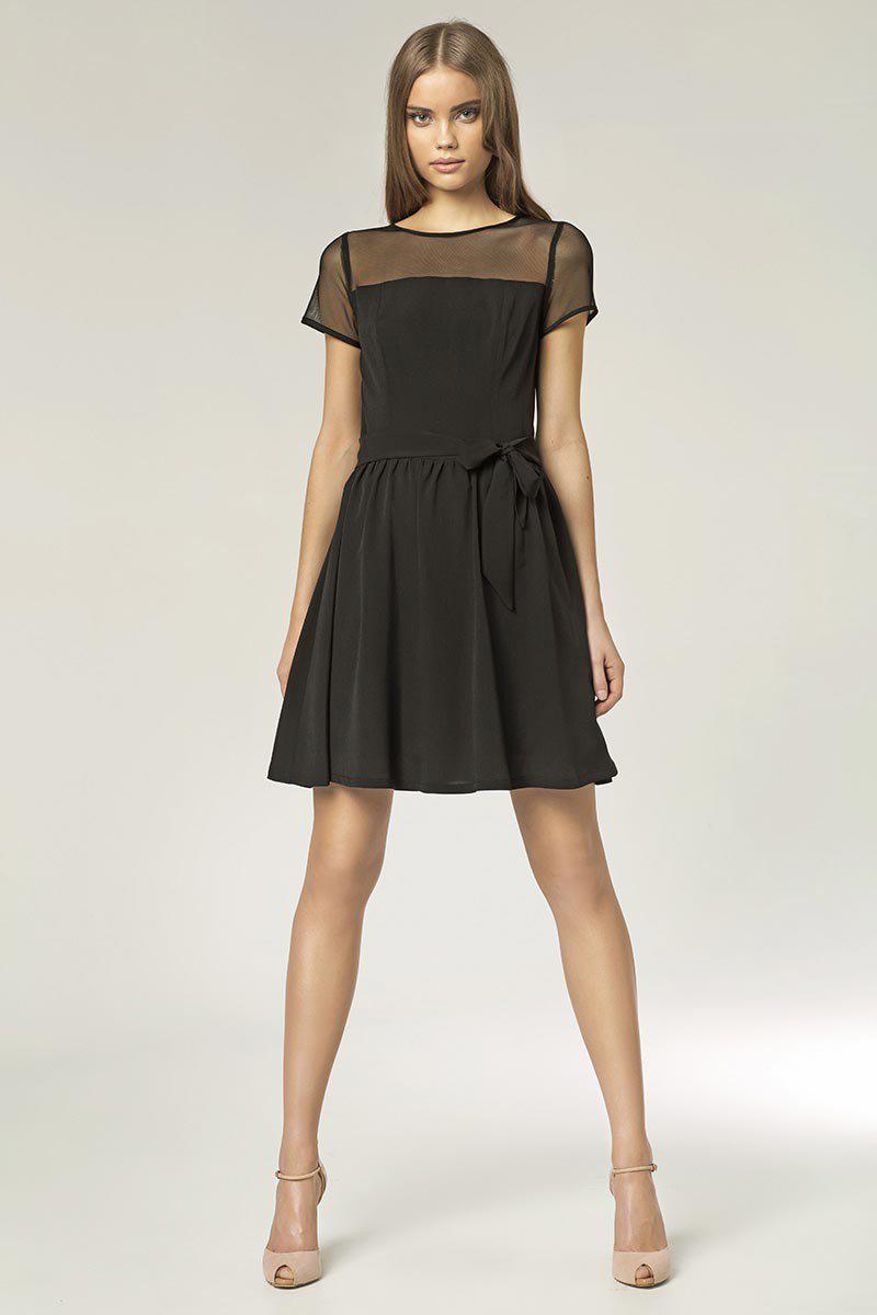Платье с фатином короткое
