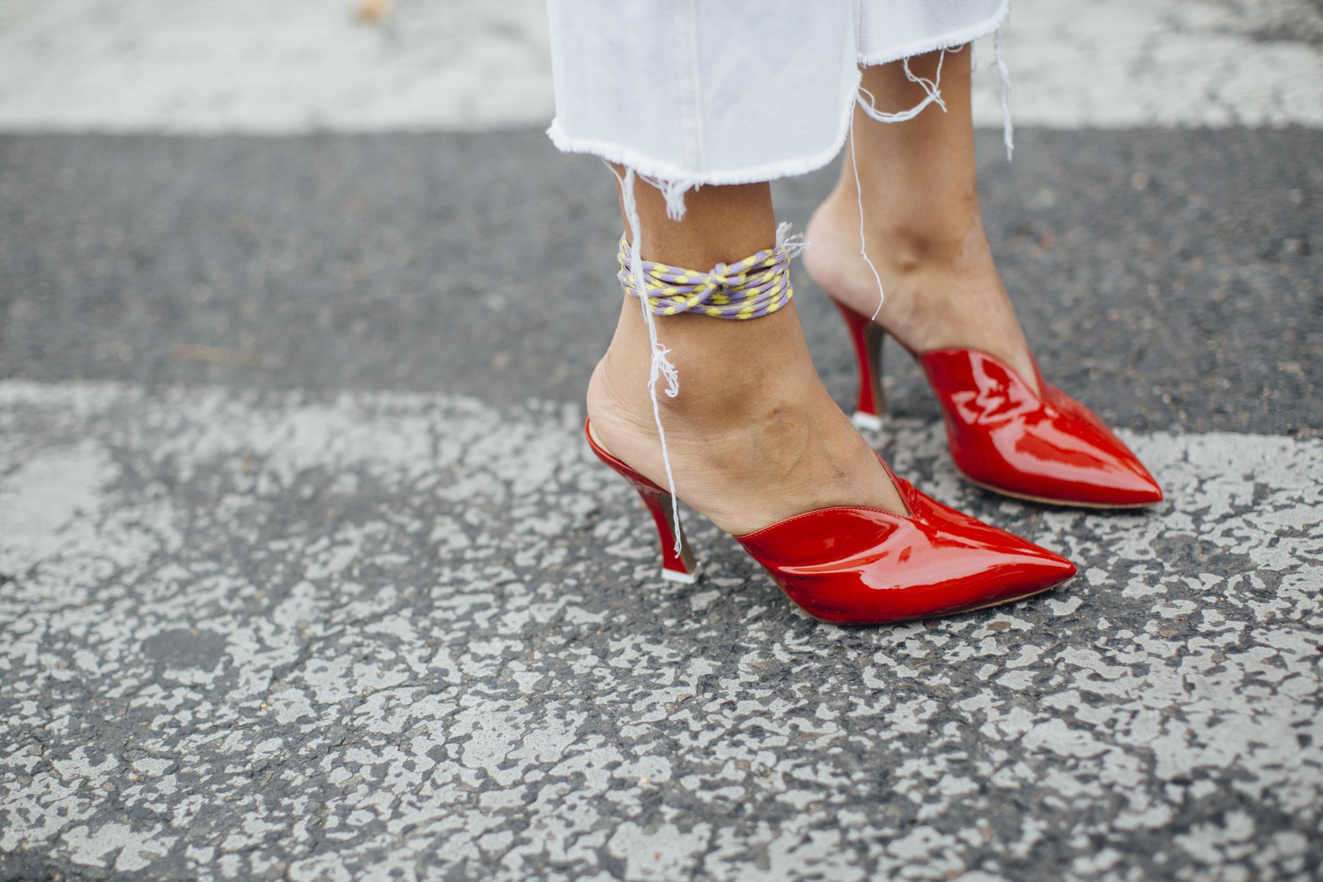 Туфли 2018 красные лаковые
