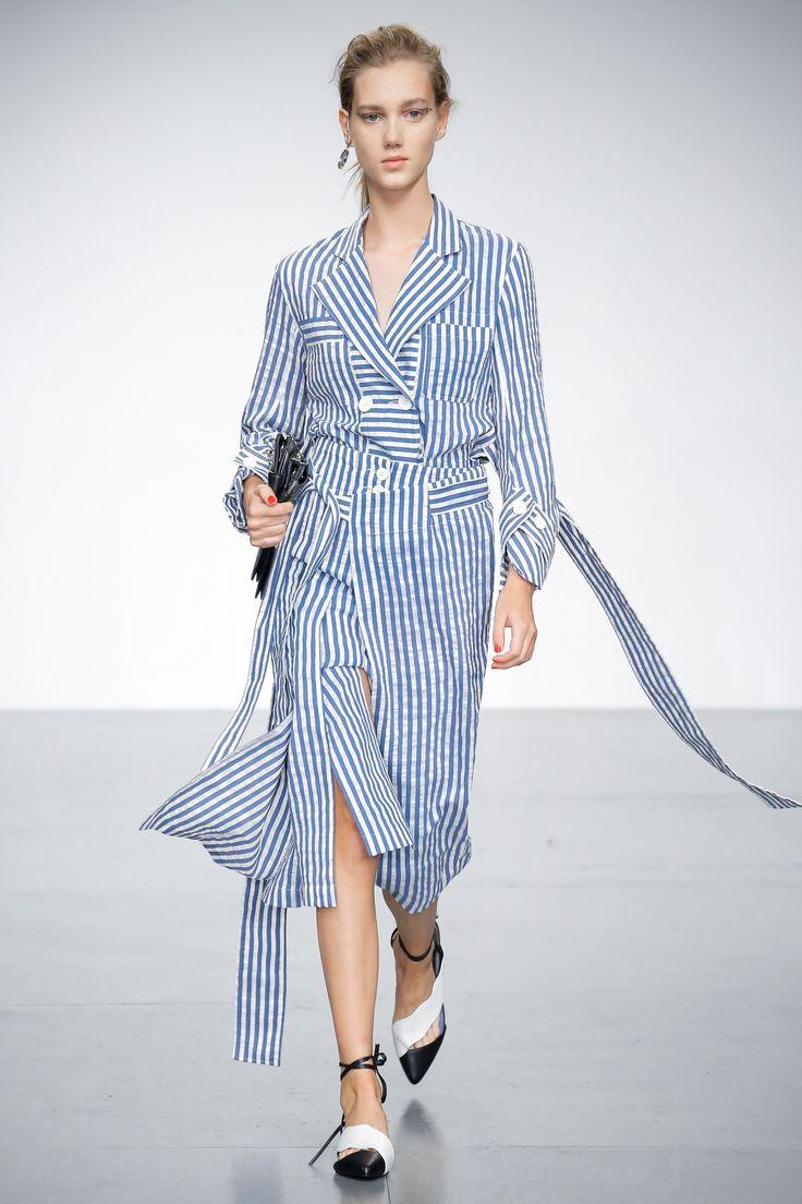 Платье в полоску 2018 льняное