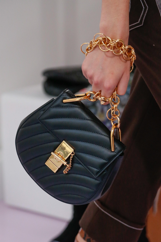 Кожаная сумка женская клатч