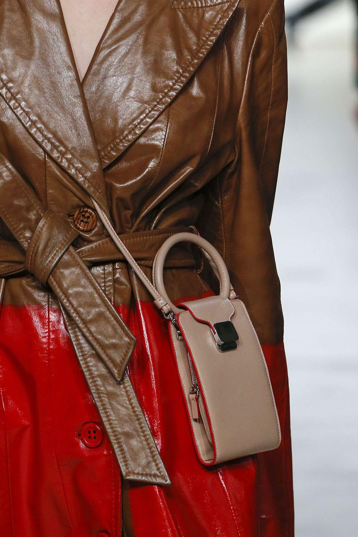 Кожаная сумка женская маленькая серая