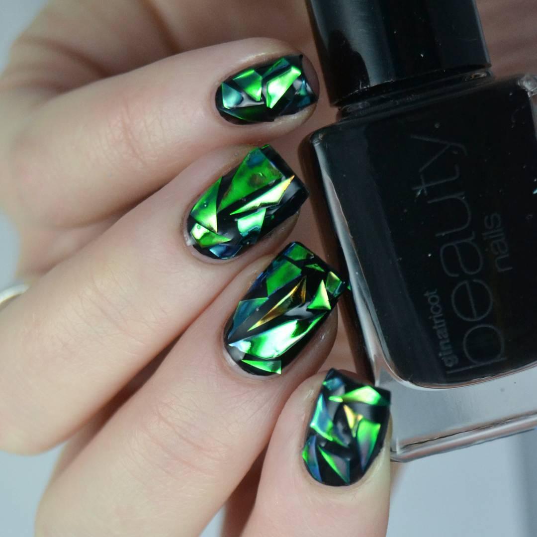 Маникюр битое стекло на ногтях