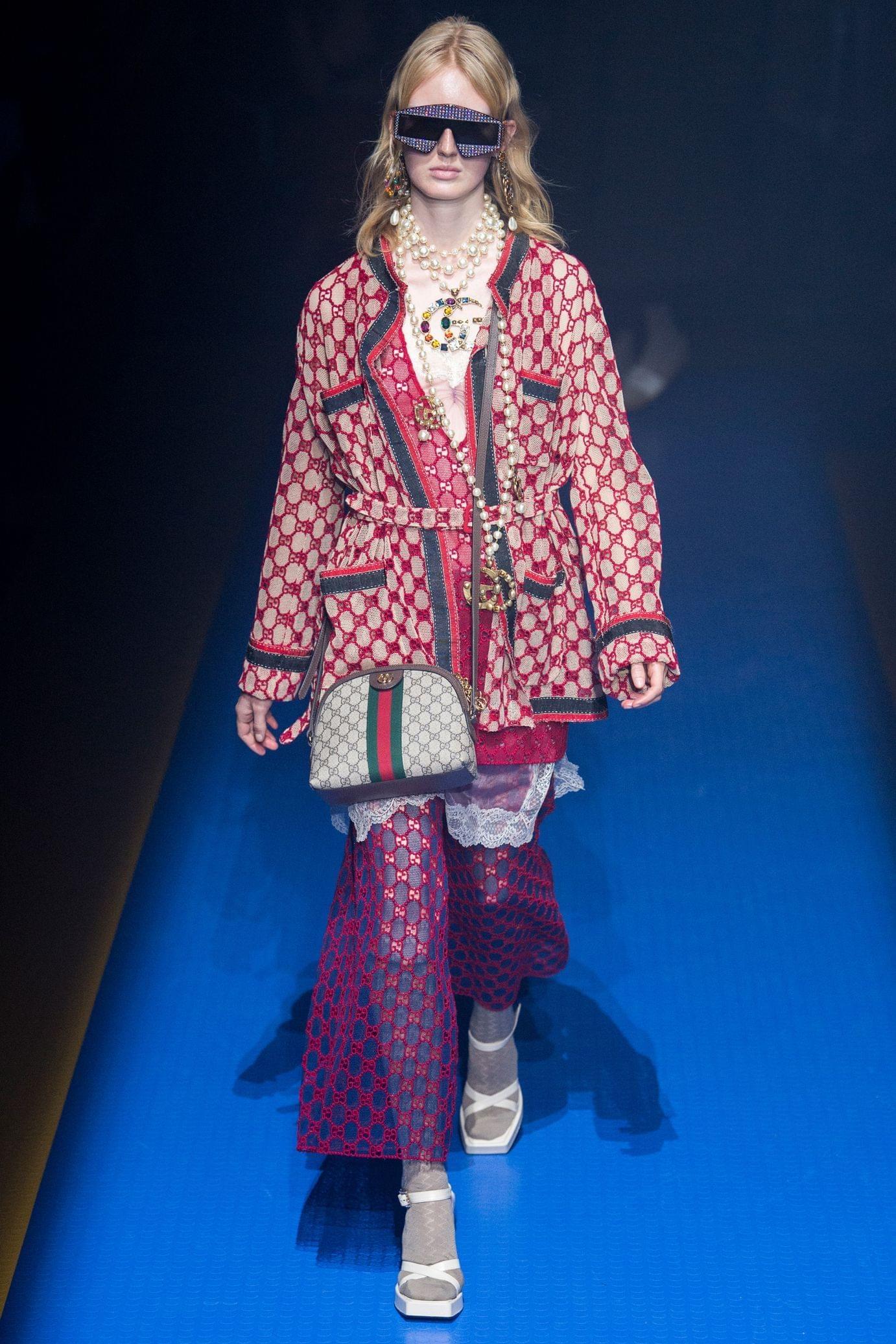 Gucci весна лето 2018 пальто
