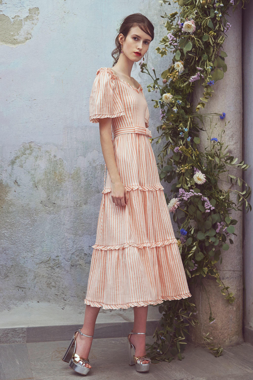 Платье миди в пастельных тонах
