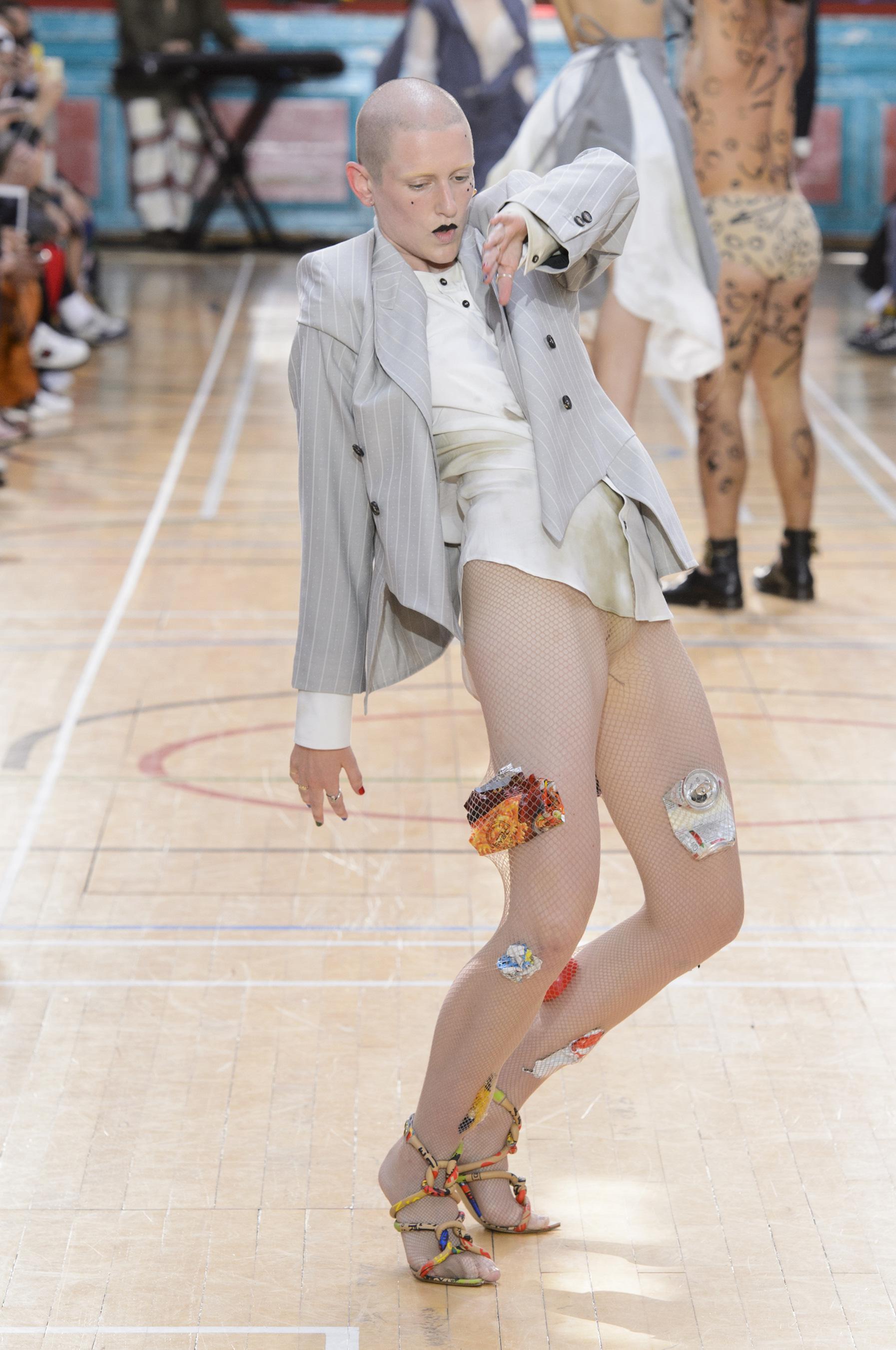 Vivienne Westwood весна лето 2018 пиджак