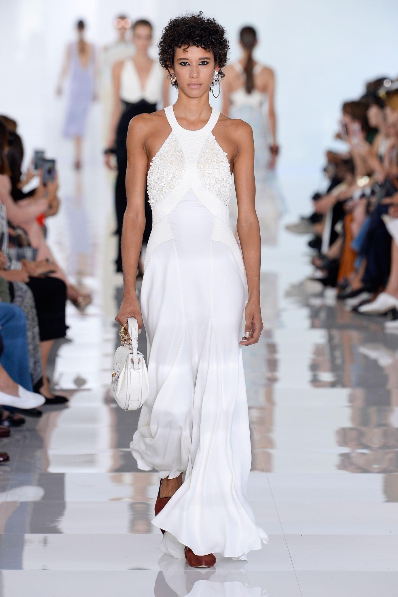 Roberto Cavalli весна лето 2018 белое платье