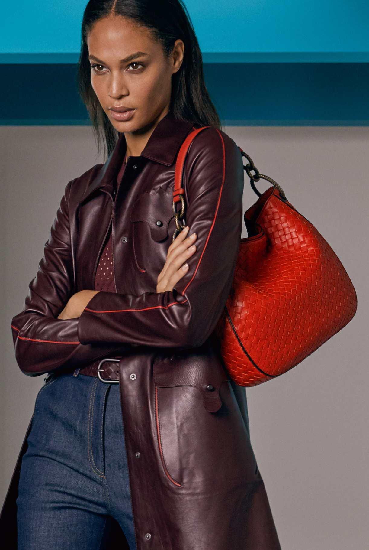 Кожаная сумка женская плетеная красная