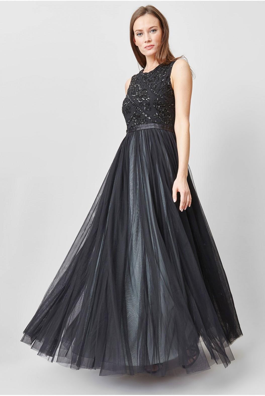 Платье с фатином в пол