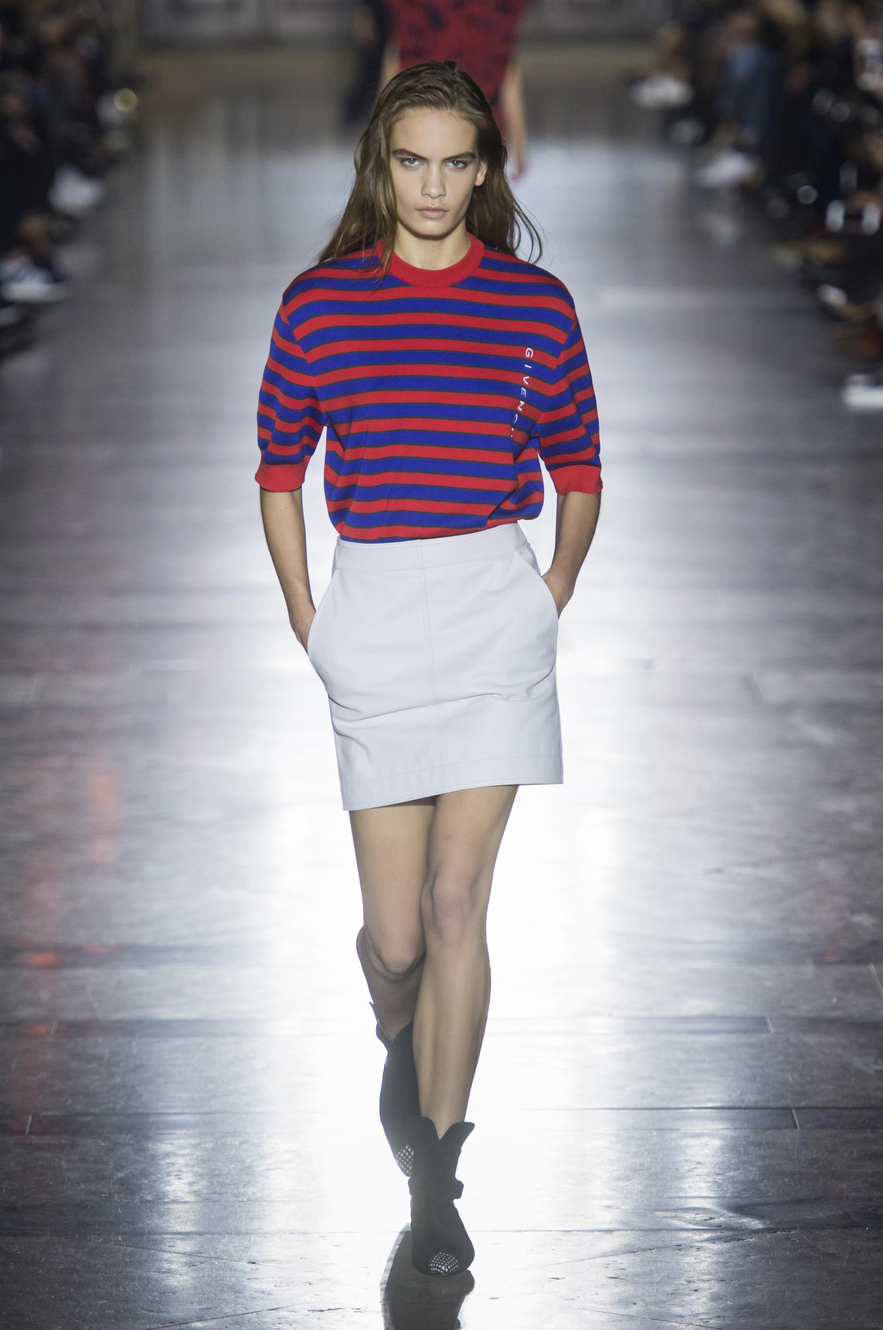 Givenchy весна лето 2018 блузка в полоску