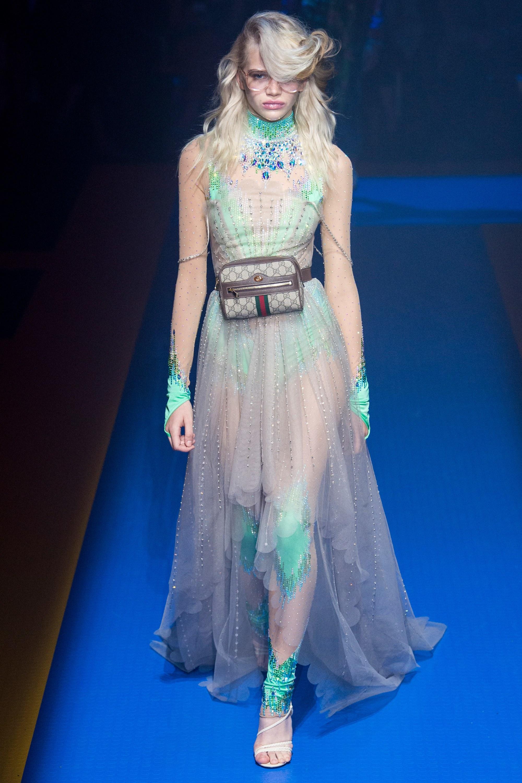 Gucci весна лето 2018 прозрачное платье