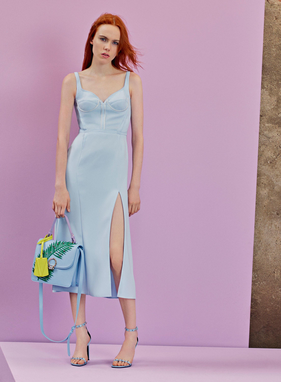 Платье миди с разрезом голубое