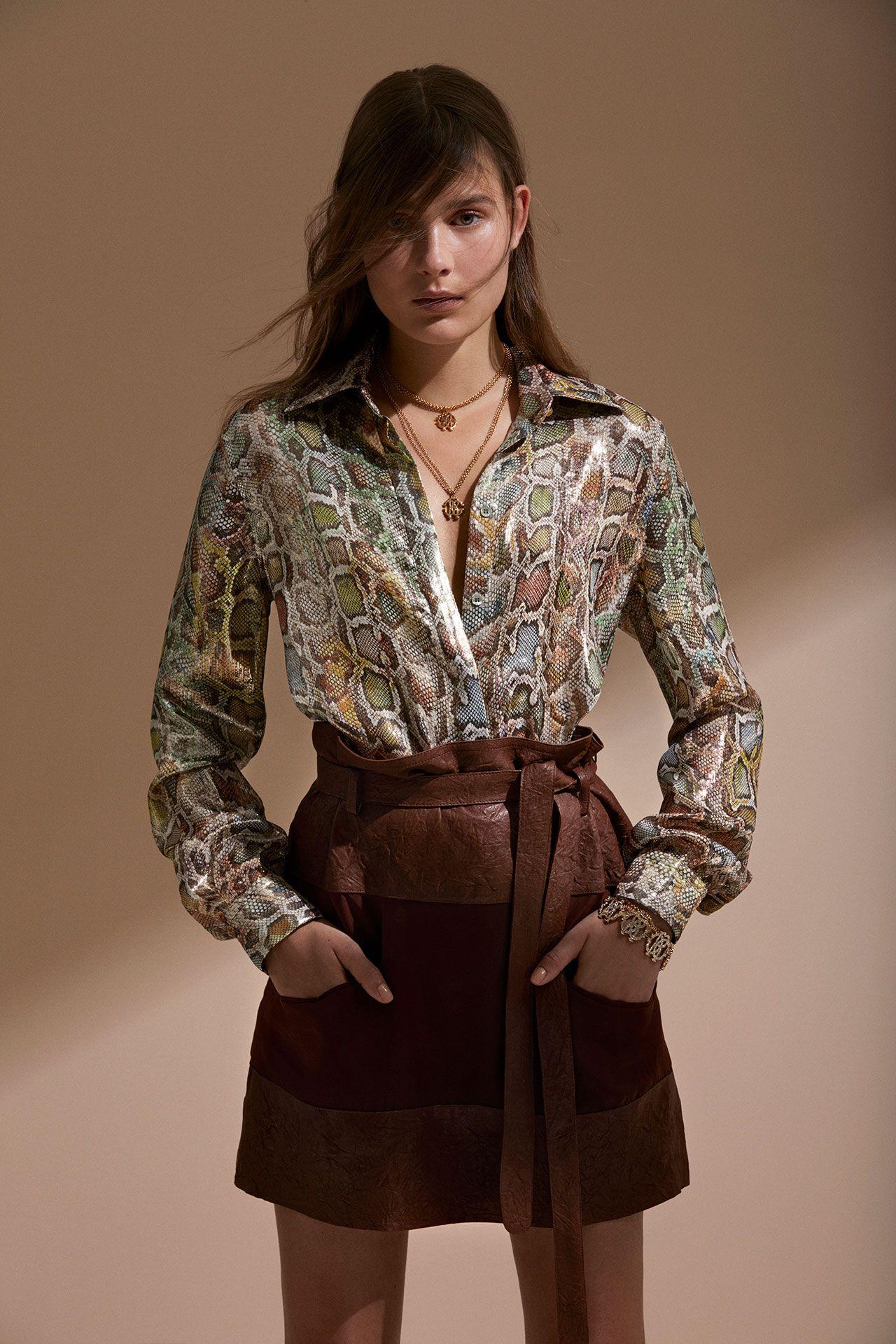 Roberto Cavalli круизная коллекция 2018 блузка с принтом