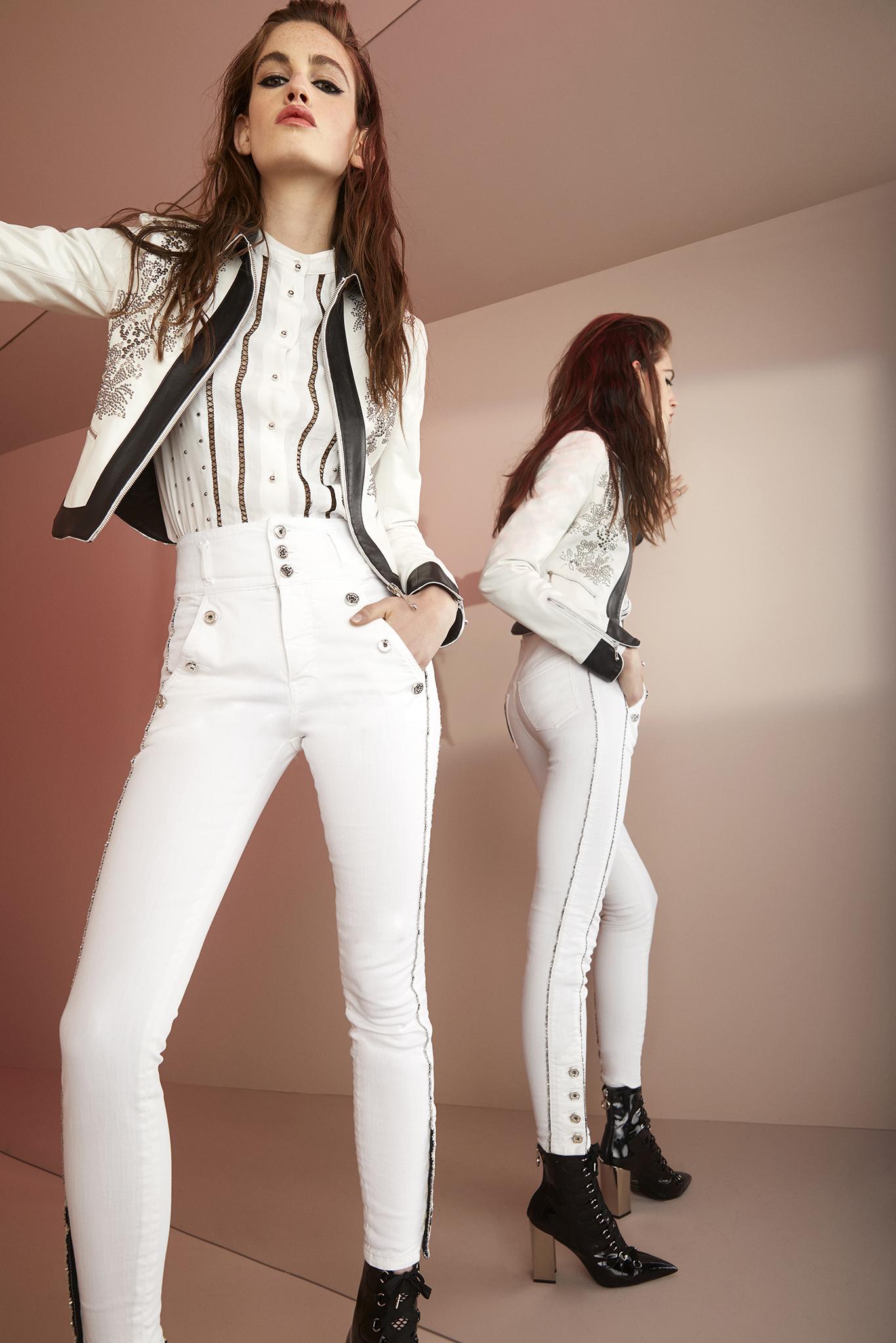 Roberto Cavalli круизная коллекция 2018 белые джинсы