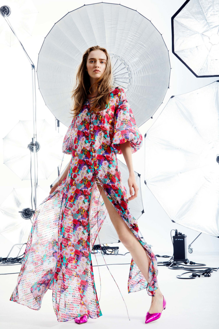 Emanuel Ungaro круизная коллекция 2018 летнее платье