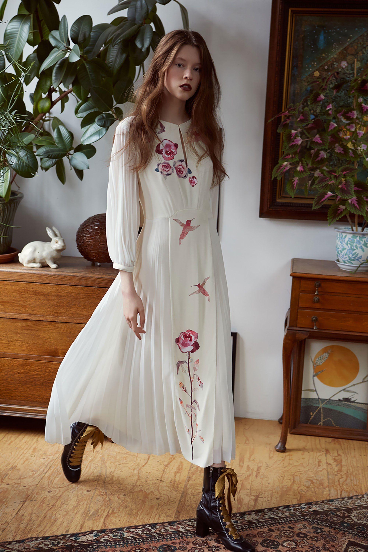Платье бохо с розами