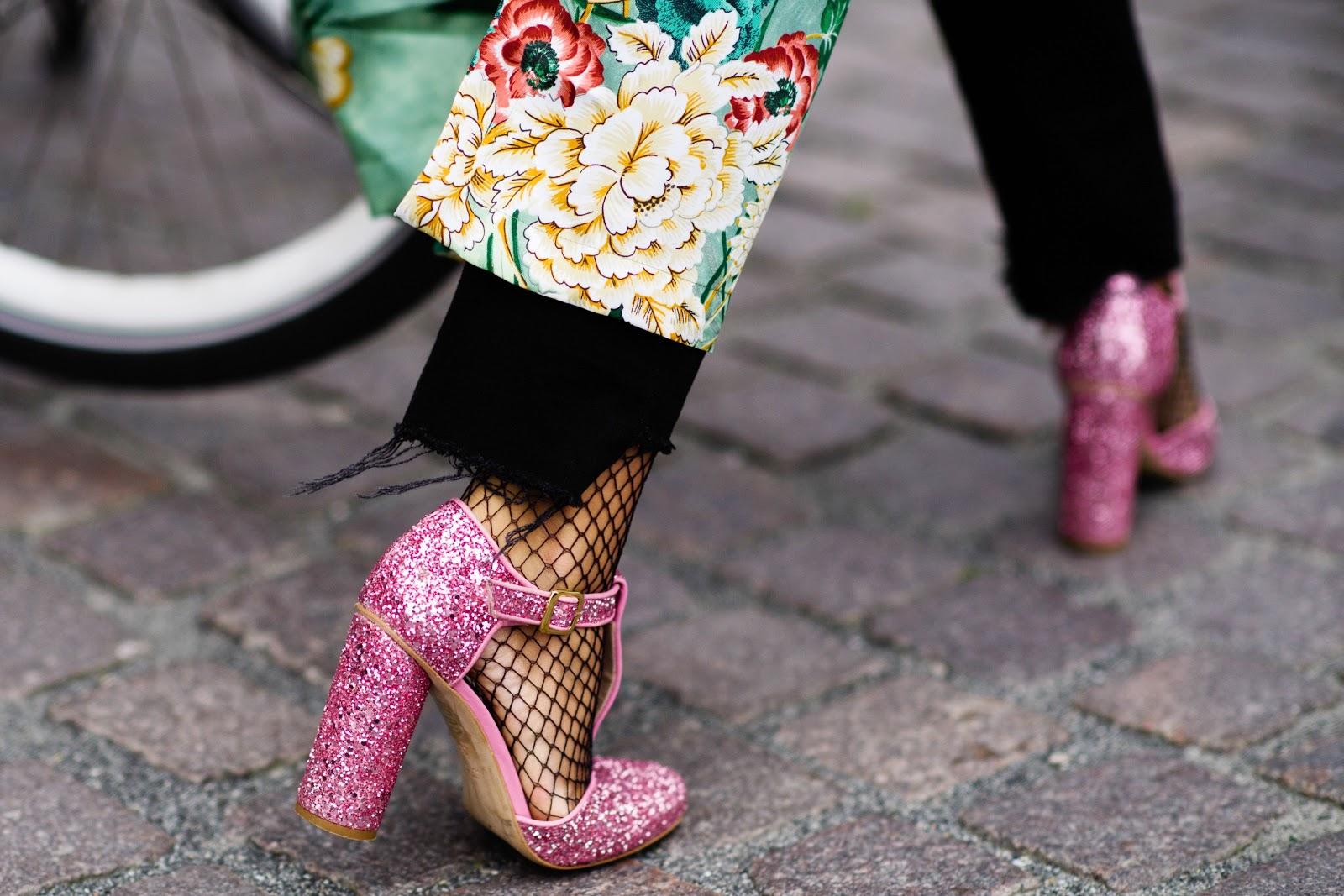 Туфли 2018 розовые блестящие