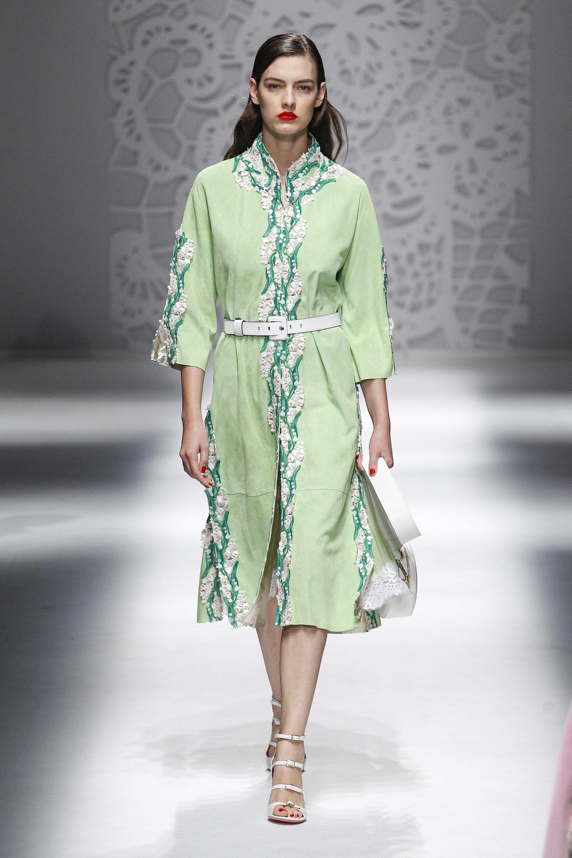 Blumarine весна лето 2018 платье рубашка