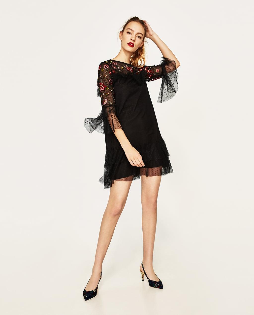 Платье с фатином и рюшами
