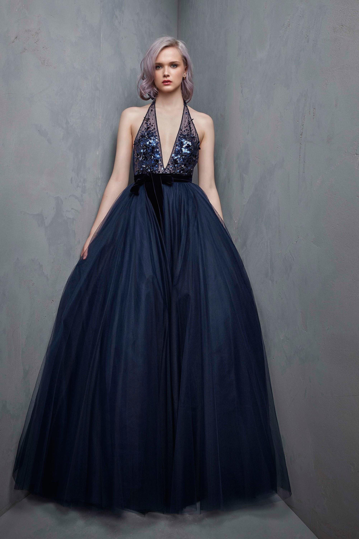 Платье с фатином синее