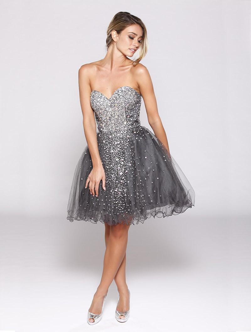 Платье с фатином и стразами