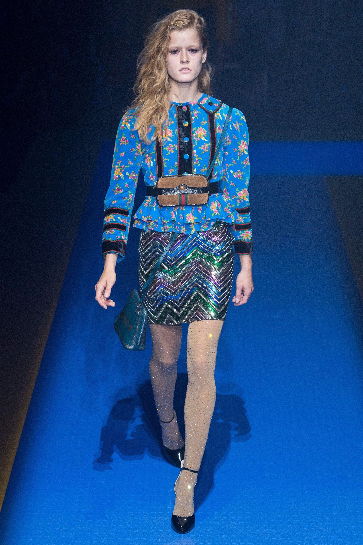 Gucci весна лето 2018 колготки со стразами