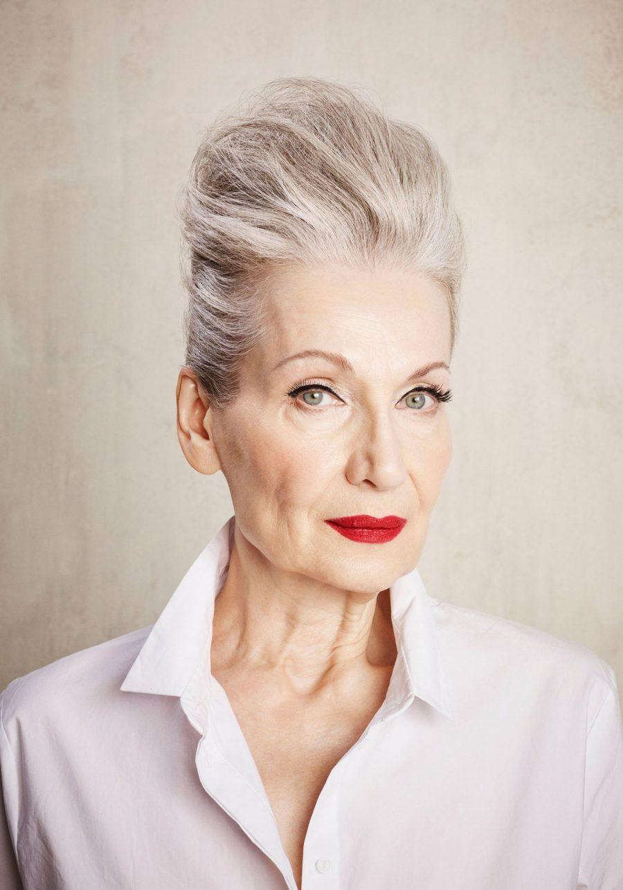 Возрастной макияж со стрелками
