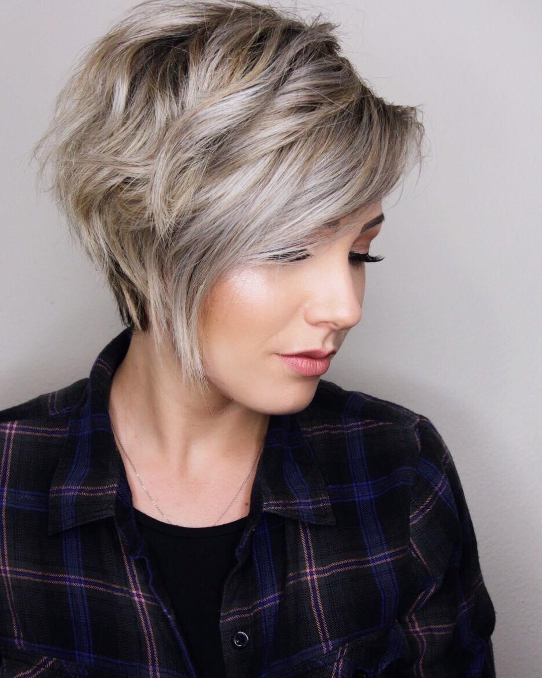 Короткая стрижка 2018 на толстые волосы