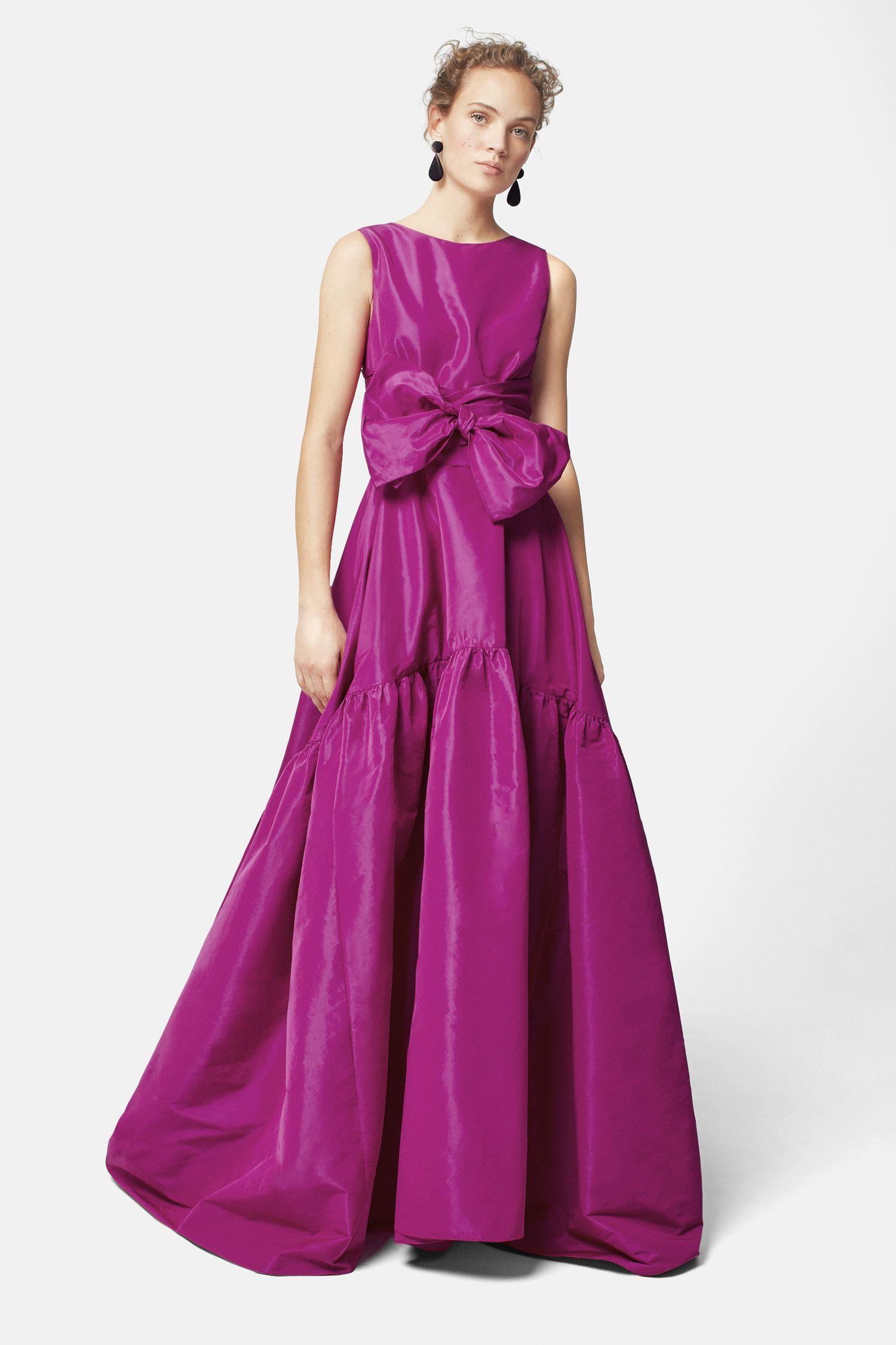 Расклешенное платье вечернее