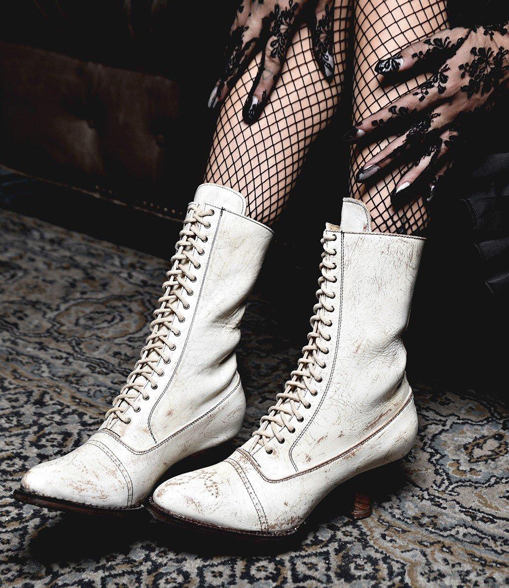 Белые ботинки винтажные