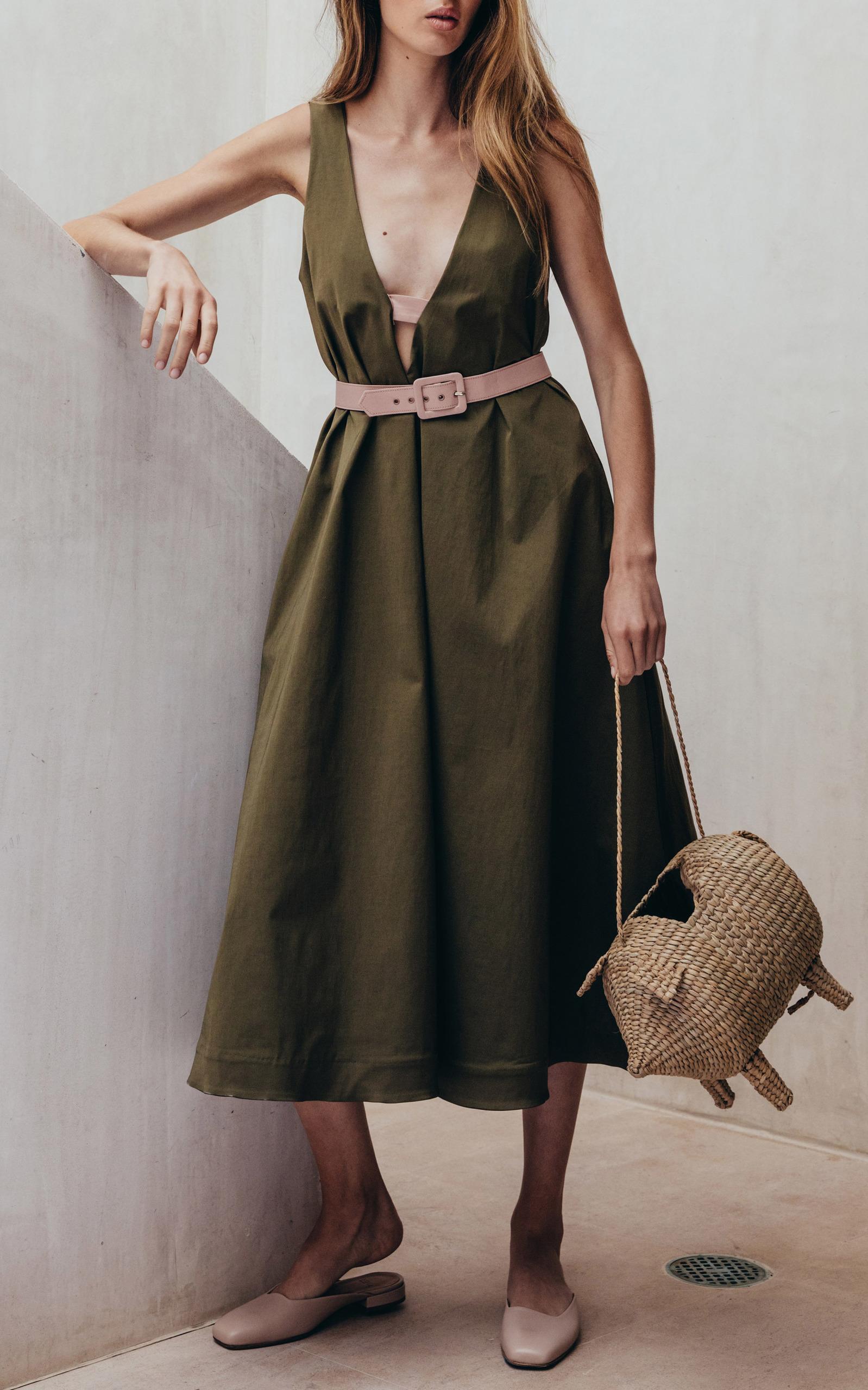 Платье трапеция зеленое