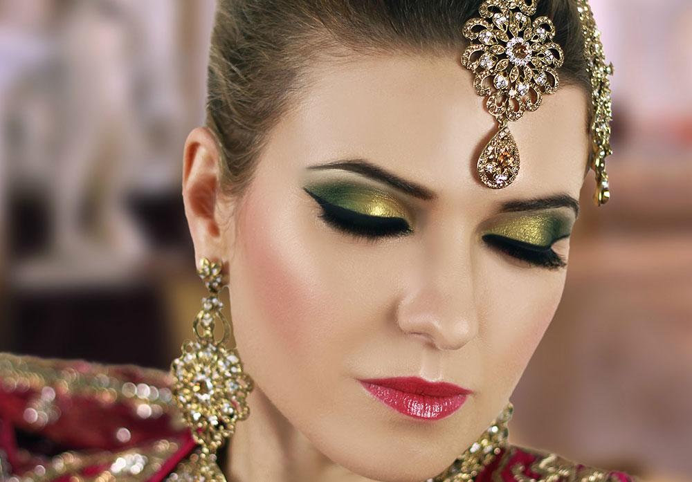 Восточный макияж зеленый