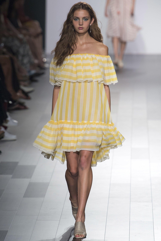 Платье в полоску 2018 желтое