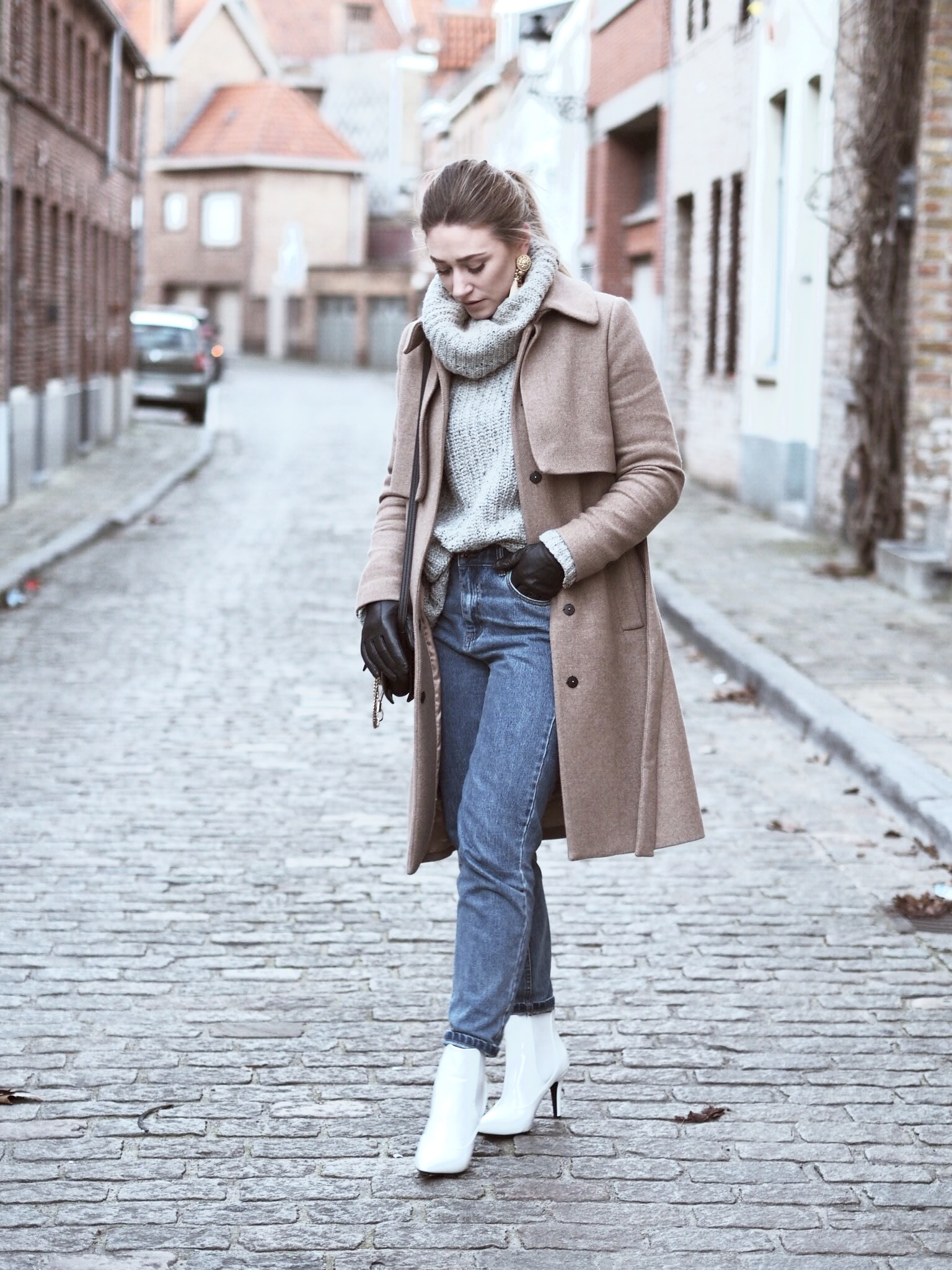 Белые ботинки зимние