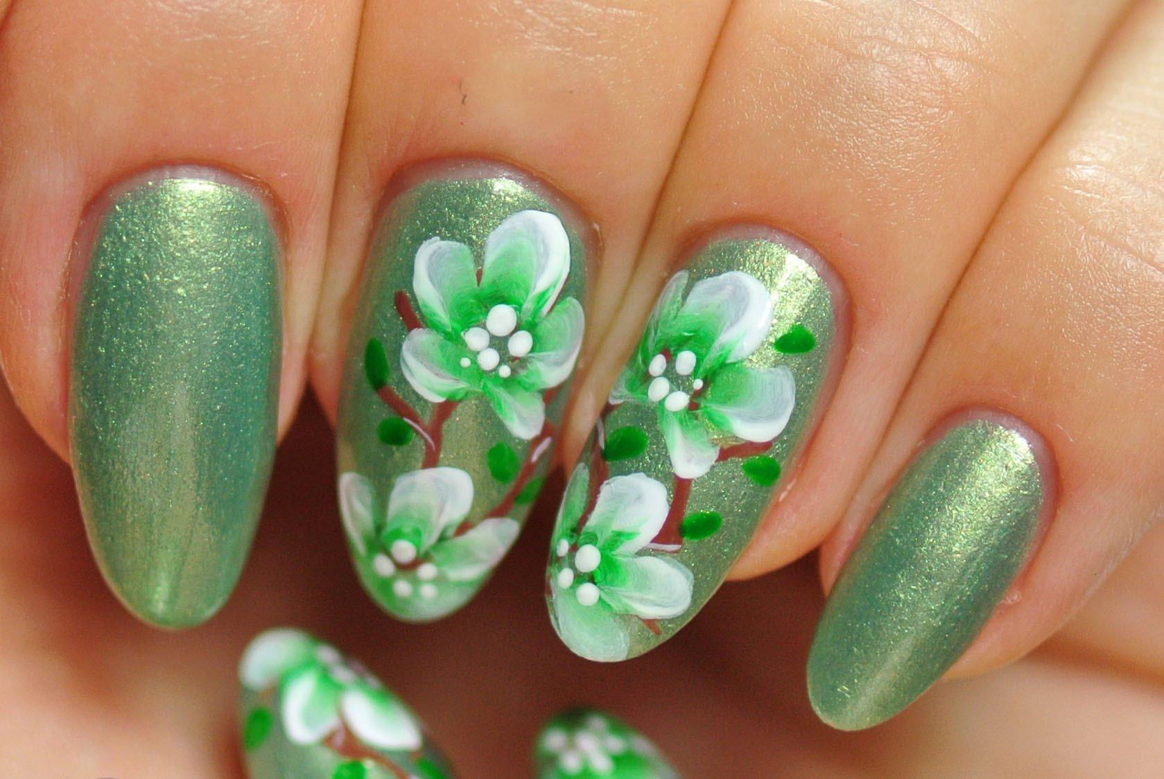 Зеленый нейл арт