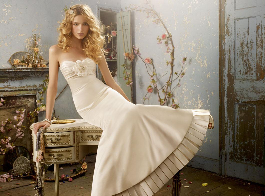 Свадебное платье айвори атласное русалка