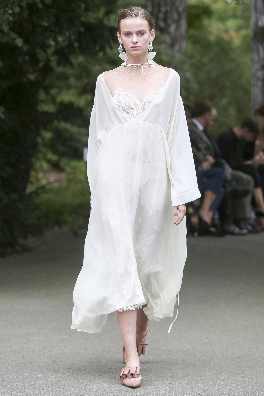 Повседневное платье белое летнее