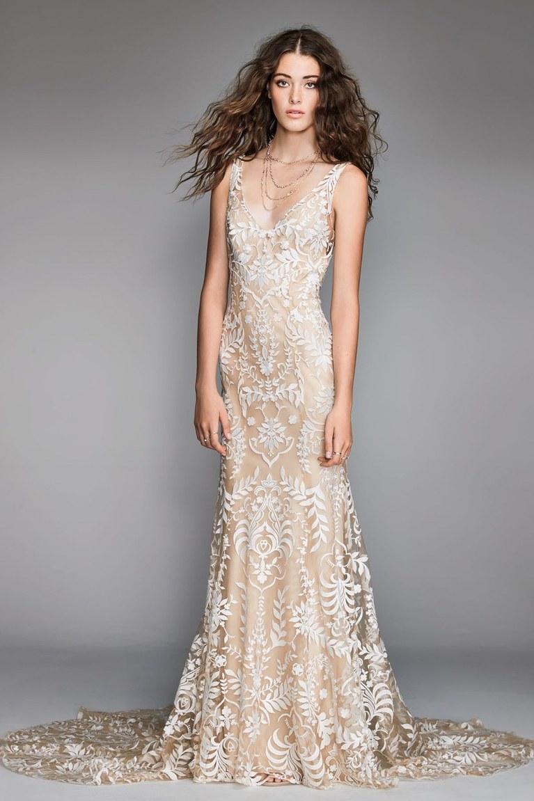Свадебное платье айвори без рукавов