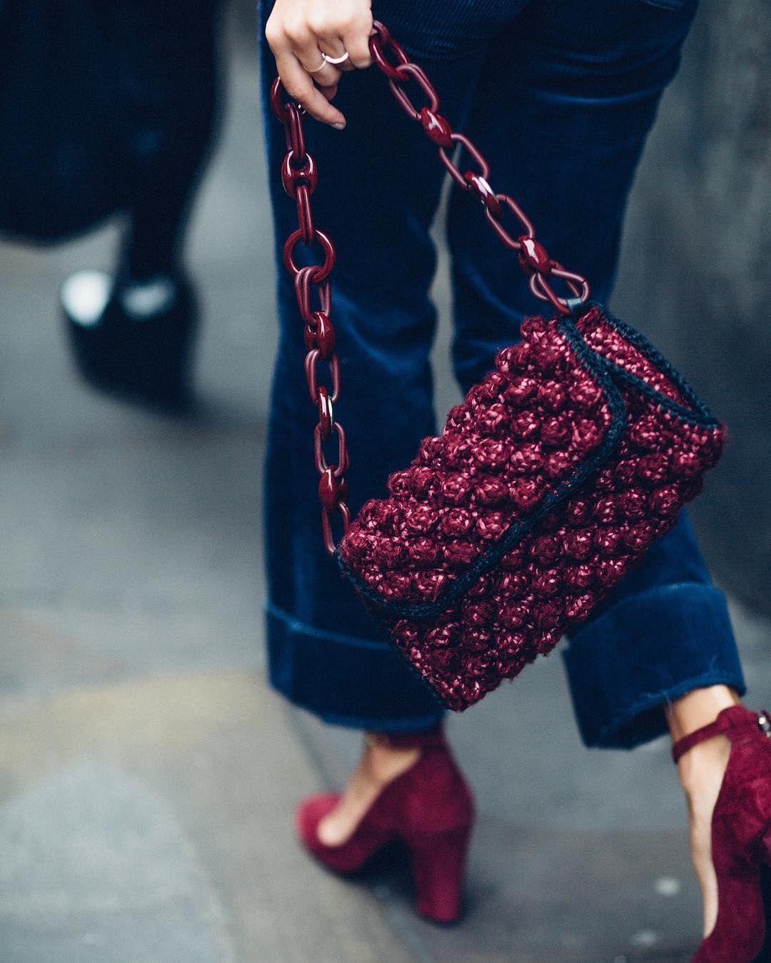 Вязаная сумка бордо