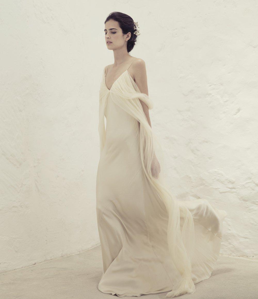 Свадебное платье для беременных на бретелях