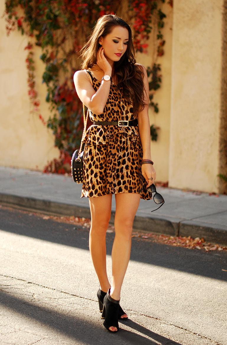 Платье леопардовое на бретелях