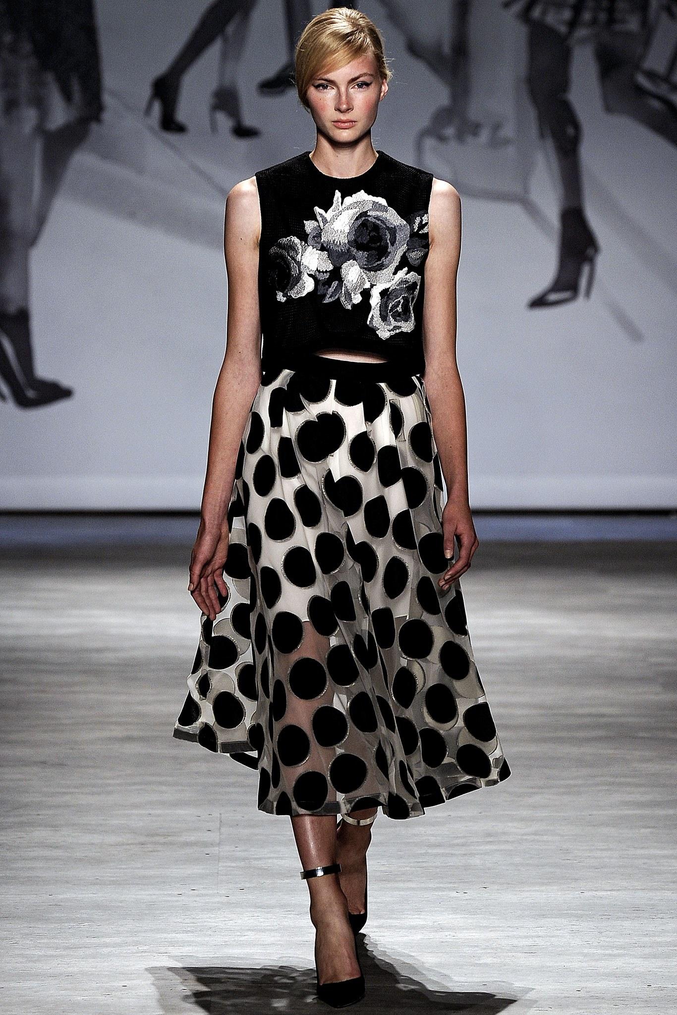Повседневное платье черно-белое