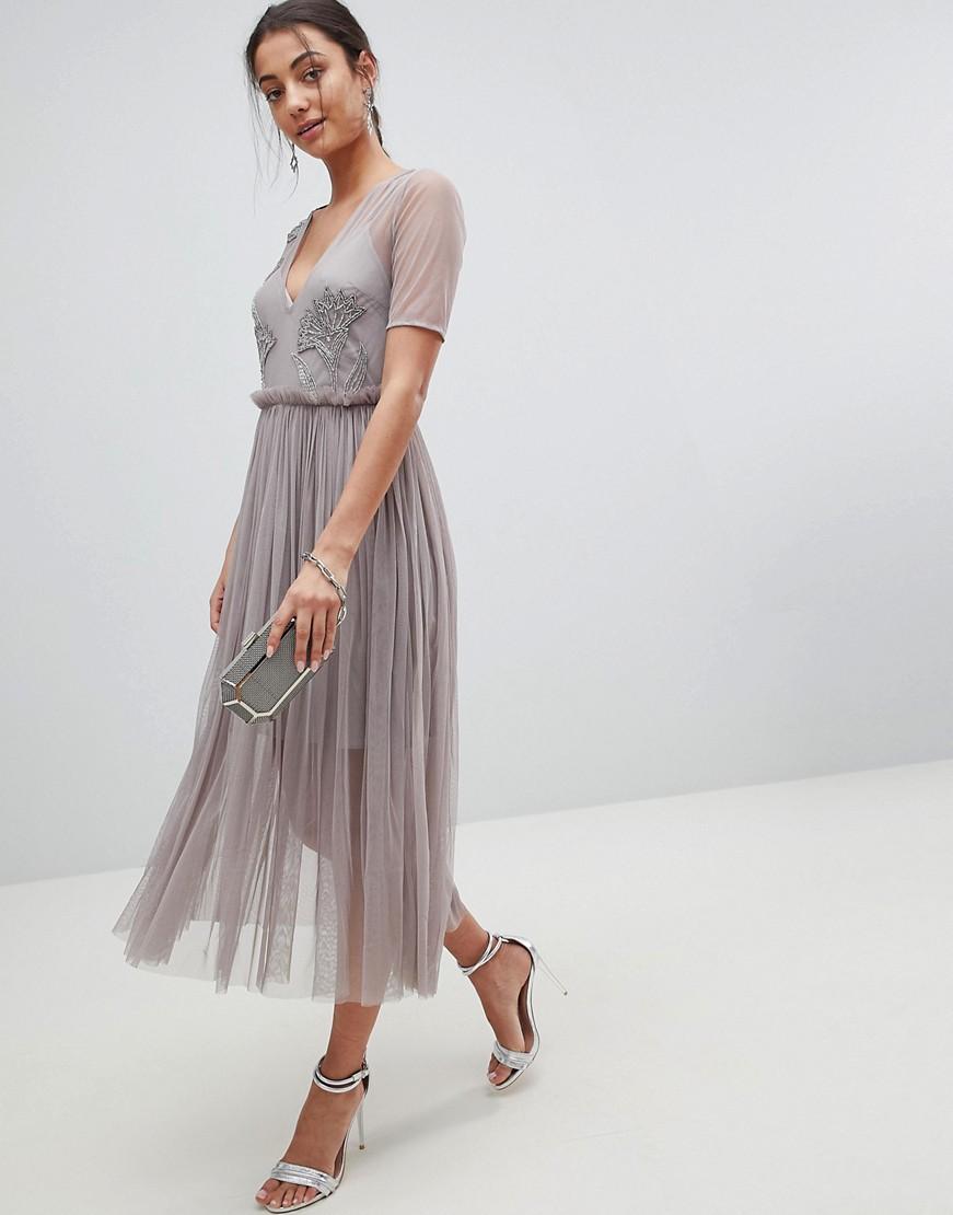 Серое платье из фатина