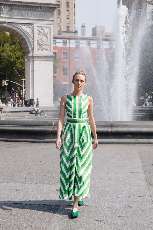 Повседневное платье геометрическое