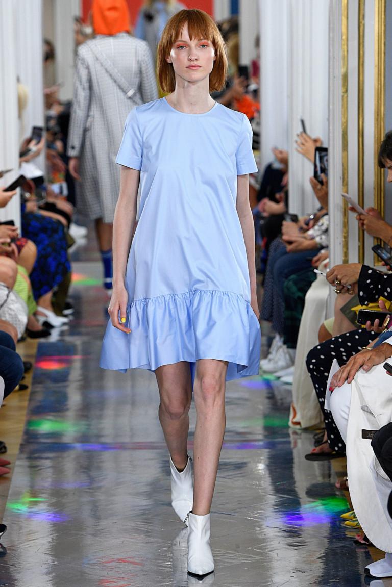Повседневное платье голубое